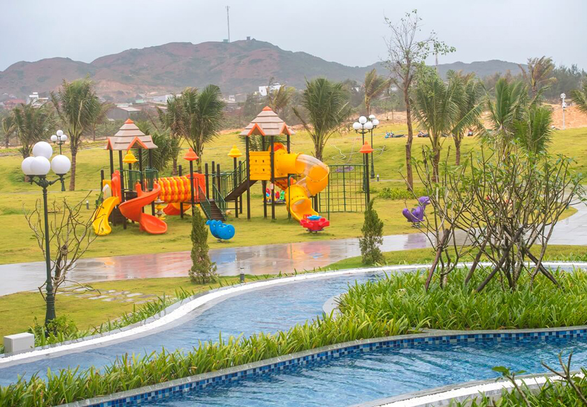/files/images/FLC%20Hotel%20Quy%20Nhon/Outdoor-Kid-Club.jpg