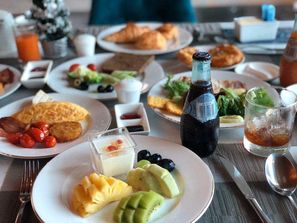 Bữa ăn tại FLC Hạ Long