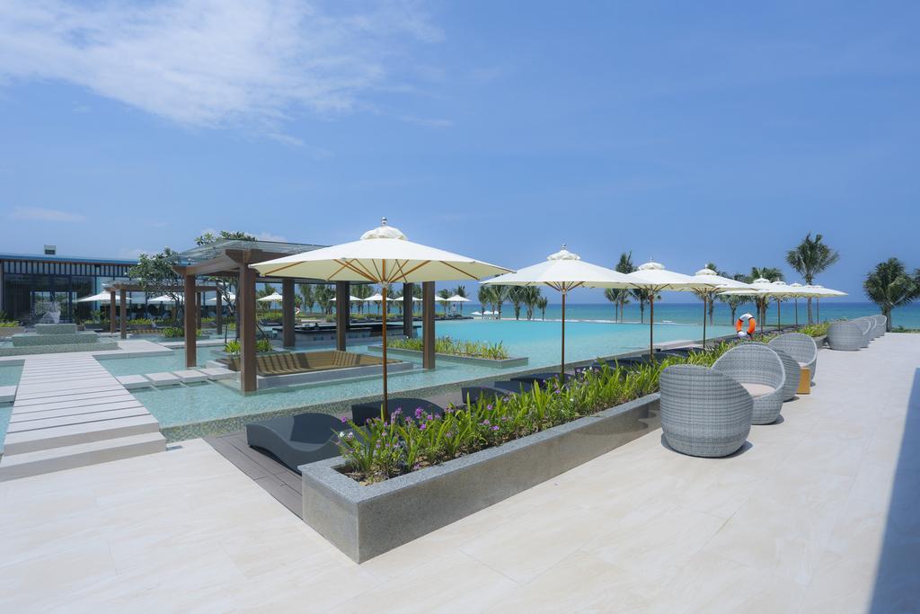 Bể bơi tại Villa FLC Quy Nhơn