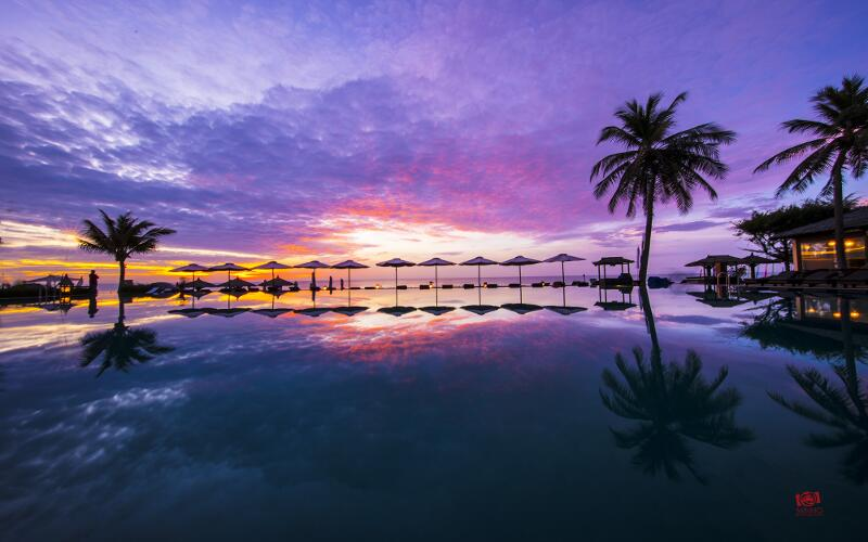 /files/images/SeahorseResortSpaPhanThiet/infinity-pool.jpg