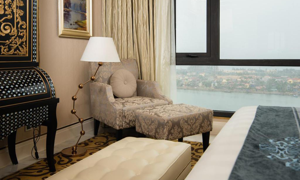 /files/images/VinpearlHotelQuangBinh/suite-executive-5.jpg