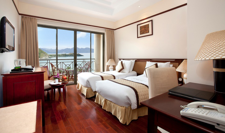 /files/images/VinpearlResortNhaTrang/Deluxe-h%C6%B0%E1%BB%9Bng-bi%E1%BB%83n-VR.jpg